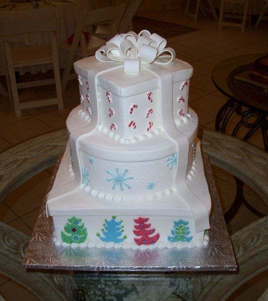 Tiered Christmas Cakes