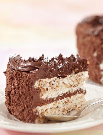 Tort de ciocolata cu blat alb - Femeia.ro
