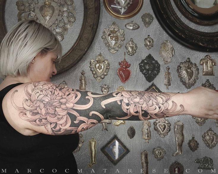 Chrysanthemum   Etching, linework, engraving. Milan, Italy. #purotattoostudio #marcocmatarese #matarese #incisione #etching #engraving #drawing #lines #blackwork #milano #milan #tatuage #ink #tattoo #tattooist #nero #tatuatore #linework #blackart #acquaforte #blackline #tattooideas #inktattoo #black #crossetching #purotattoostudio #chrysanthemum