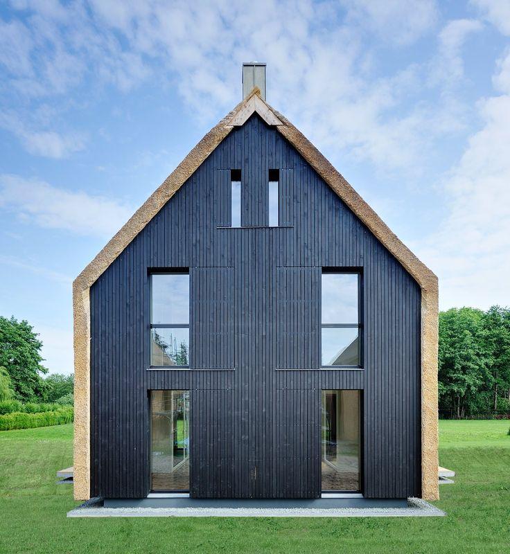 Moderne häuser satteldach holz  Die 25+ besten modernes Stadthaus Ideen auf Pinterest | Moderne ...