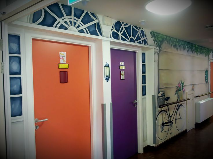 11 best mural in nursing home images on pinterest mural for Nursing home door decorations