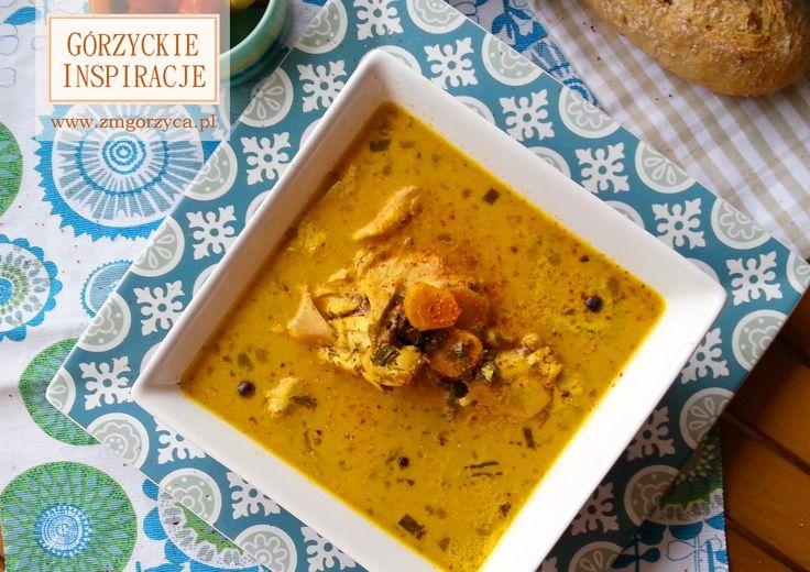 Lekko rozgrzewająca, orientalna zupa curry z mleczkiem kokosowym o wspaniałym aromacie i słonecznym kolorze http://zmgorzyca.pl/index.php/pl/kulinarny/zupy/318-zupa-curry-5