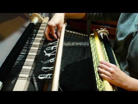 Honeybee weave along, weaving, part 1