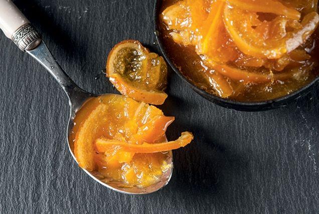Τα πορτοκάλια που είναι ιδανικά για μαρμελάδα και γλυκό, τα βρίσκουμε όλο τον Ιανουάριο και αρχές Φεβρουαρίου. Κυρίως προέρχονται από διαφορετικές περιοχές της Πελοποννήσου και είναι μοναδικά. Έχουν υπέροχο χρώμα και άρωμα, πολύ χυμό και χοντρή φλούδα.