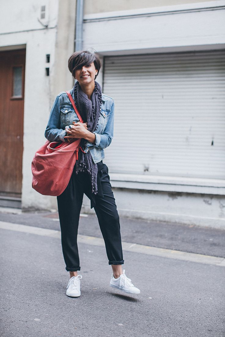 Veste H&M  ♥ Débardeur Ekyog Pantalon Mango Sac American Vintage ♥ Baskets Veja Foulard Vero Moda Collier Asos Bracelet Orélia