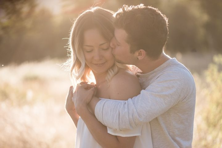 Early Penticton sunrise couples session