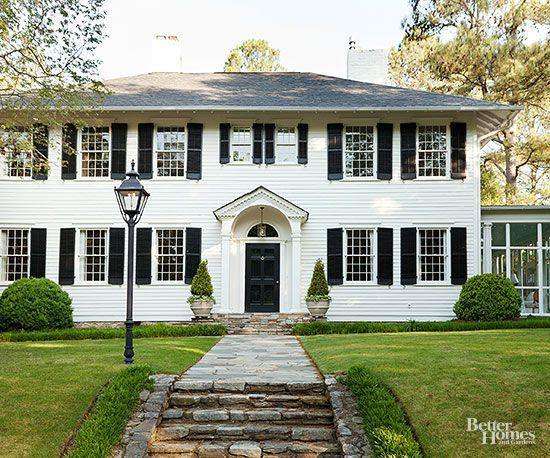 Colonial style home ideas back to home and colonial for Colonial front porch ideas