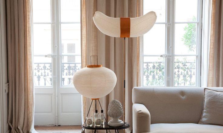 Salon Maison Hand Luminaire Noguchi Canapé gris Rideaux Emmanuel Martin et Stéphane Garotin Lyon