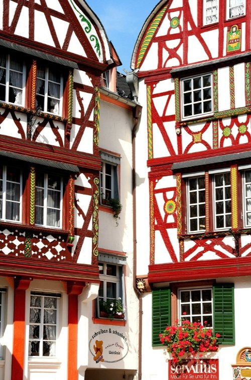 Frontages in Bernkastel-Kues, Rhineland-Palatinate, Germany / by Roger Godet on TrekEarth