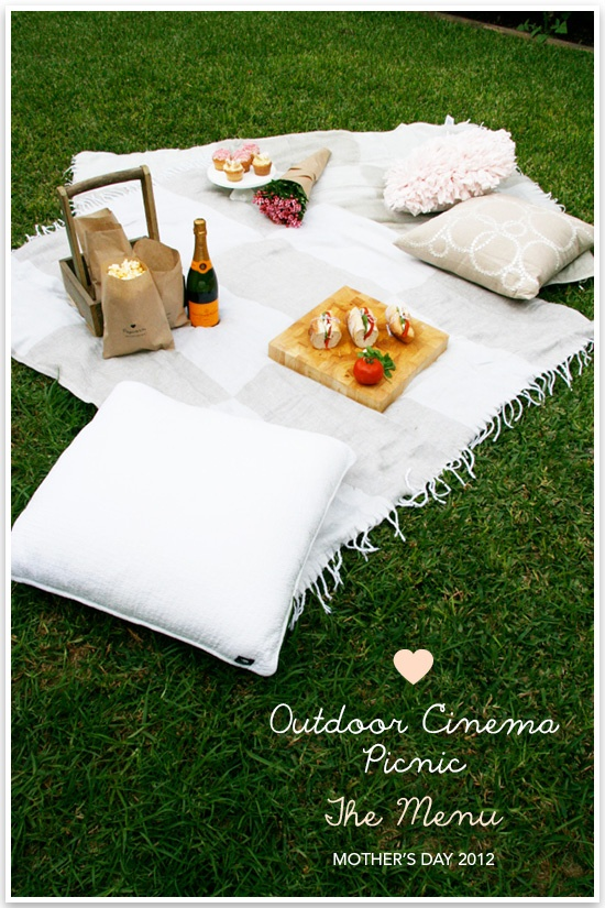 33 best picnic images on Pinterest | Cabins, Picnic and Beach tent