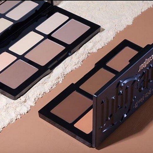 "81 Likes, 4 Comments - Jen Luv (@jenluvsreviews) on Instagram: ""MAKEUP MINUTE EXTRA: Don't forget that the @katvondbeauty Shade+Light Contour Palette, CREAM…"""