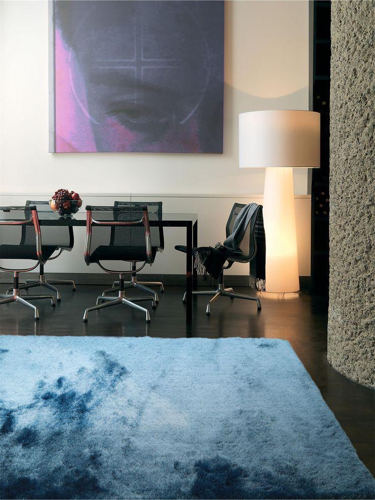 Seidiges Polyestergarn verleiht dem benuta Hochflor Teppich Whisper einen glamourösen Touch #benuta #teppich #modern #interior #rug
