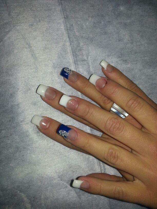 Anímate a hacerte las uñas de gel y manicura permanente en Peluquería Laura Perez