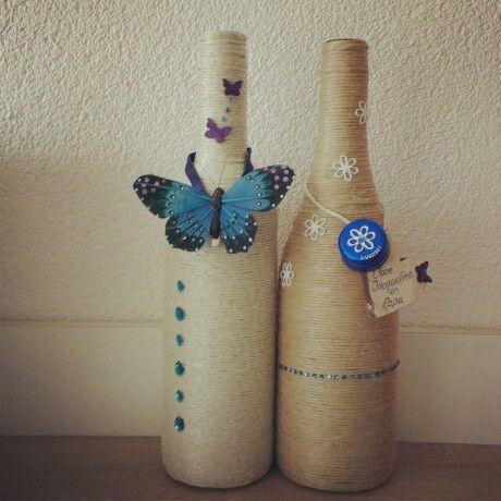 Empty bottles. Decoratie gemaakt van lege flessen