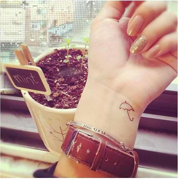 Want A Wrist Tattoo Check These Bold Designs And Their: 1000+ Ideas About Girl Wrist Tattoos On Pinterest