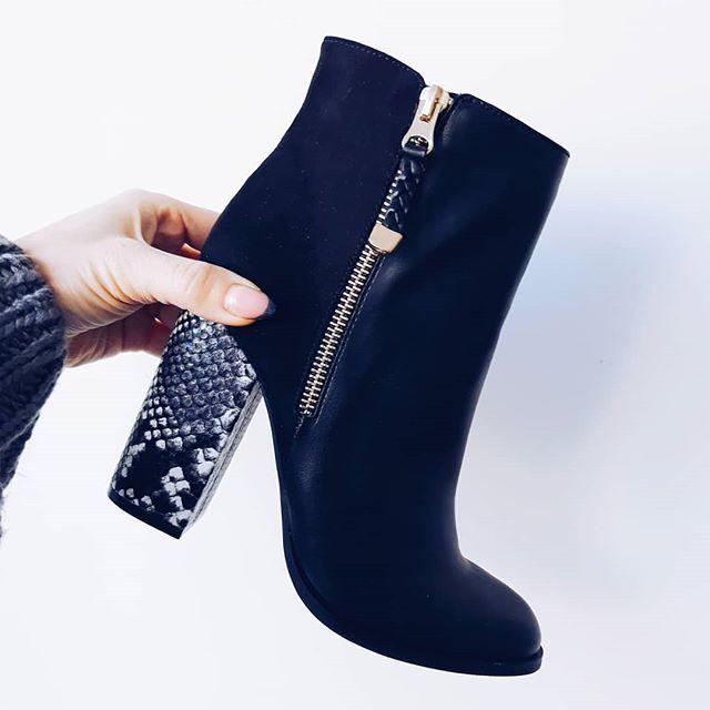 Ботильоны под заказ  Очень удобная колодка ограниченное количество  ДОСТАВКА по всей России . . . . . . Активная ссылка для связи с нами вшапке профиля  #ботинки #ботильоны #обувь #shoes #одежда #подзаказ #заказ #мода #фото #фотовживую #фотовреале #дом2 #vsco #vscocam #vscorussia #fashion #style #нефтекамск #иваново #outfit #outfitoftheday #instagood #inst #онлайнмагазин #уфа #казань#ижевск #шоуруммосква #шоурум #женскаяодежда #распродажа