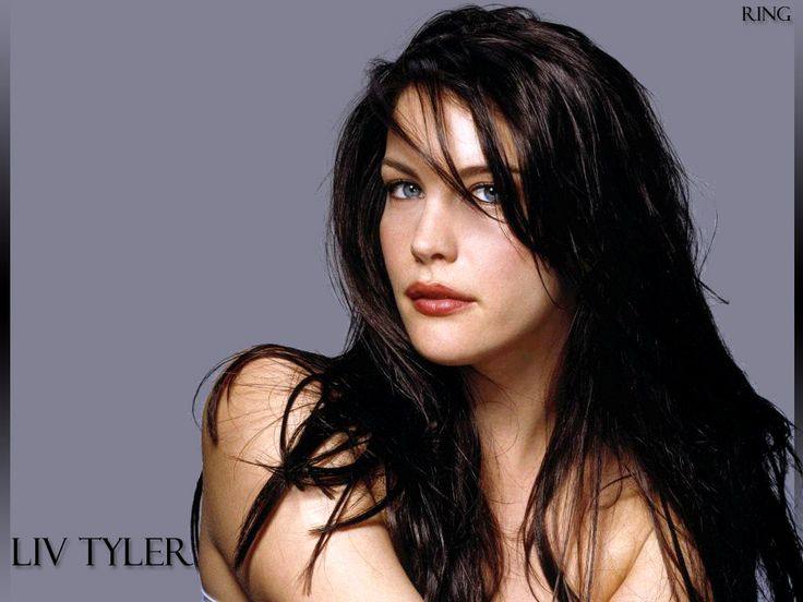 She is just so beautiful!! And ive always been a fan of dark hair and blue eyes :-)