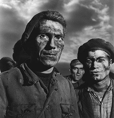 Federico Patellani   Minatori di Carbonia, Sardinia 1950   http://photography-now.com/exhibition/details/52000