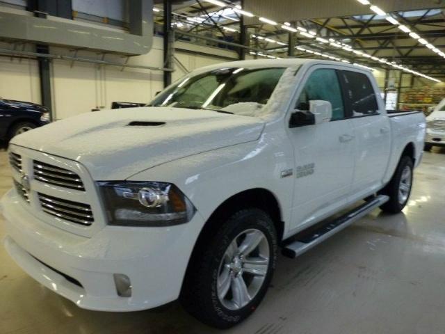 Dodge Ram Sport nuovo modello 2013 a 42.600 Euro | Fuoristrada SUV | 0 km | Benzina | 291 Kw (396 Cv)