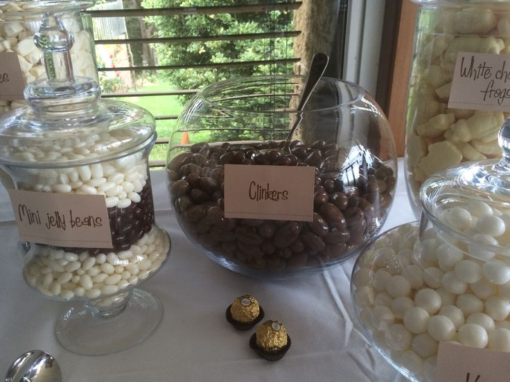 Yum! Browns, whites and creams were the colours of choice for this lolly buffet.