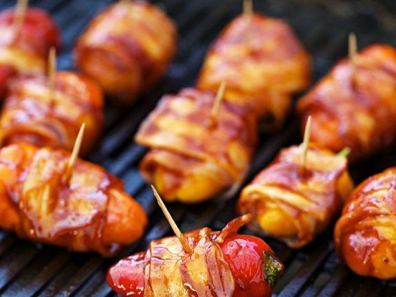 Gegrillte Paprika mit Bacon ist ein Rezept mit frischen Zutaten aus der Kategorie Fleisch. Probieren Sie dieses und weitere Rezepte von EAT SMARTER!