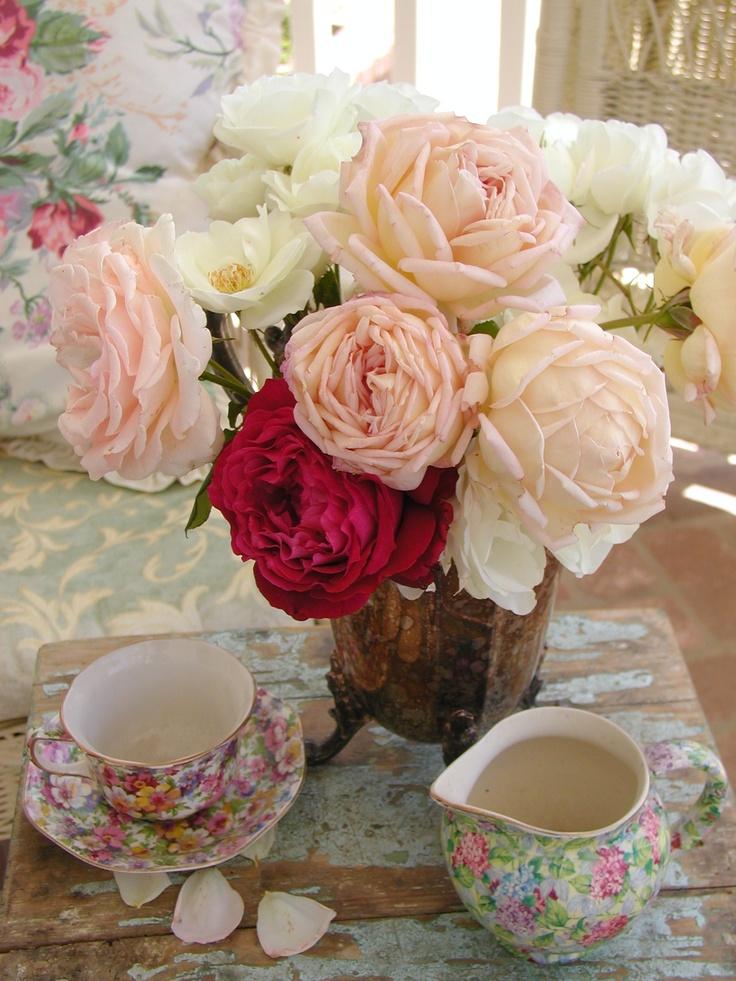 Rose Bouquet in vintage silver C.Repasy
