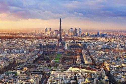 Vente flash du 25 juin 2014 avec une réduction de 40% : 3 jours à Paris en 4* avec déjeuner chez Hélène Darroze, 1* au Guide Michelin. http://www.hotels-live.com/blog/ventes-flash/3-jours-a-paris-en-4-avec-dejeuner-chez-helene-darroze.html