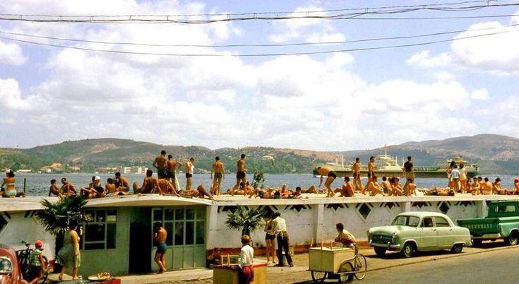 Tarabya halk plajı.. 70-ler..