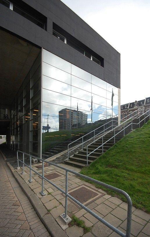 Kunsthal, Rotterdam, Zuid-Holland. rem koolhaas
