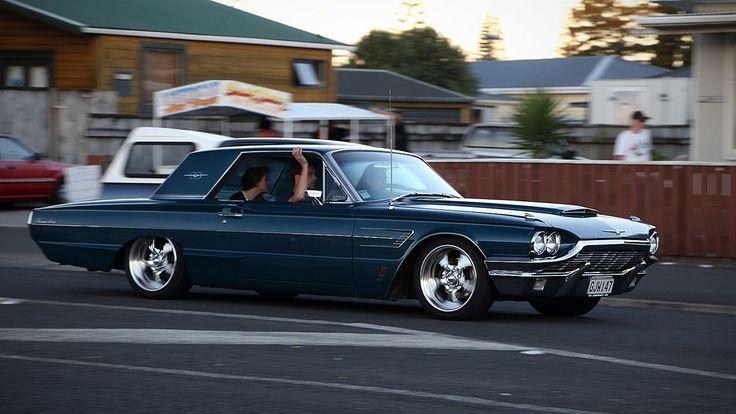 '65 Ford Thunderbird