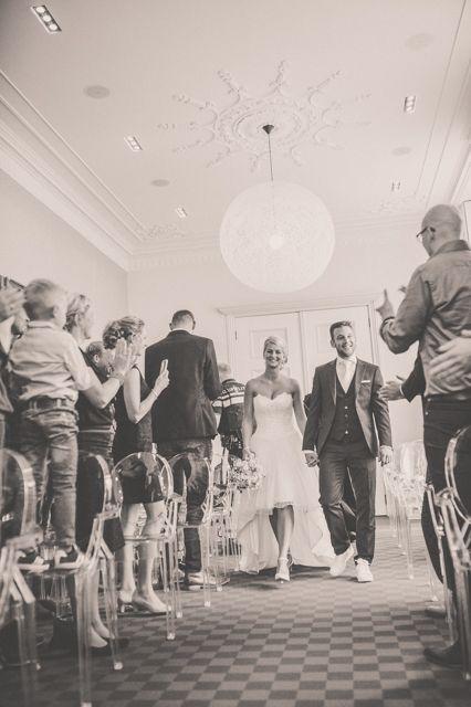 Binnenkomst van bruidspaar