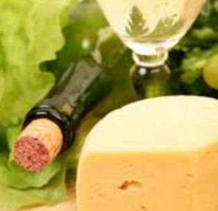 How to Combine Cheeses, Breads, and Wines