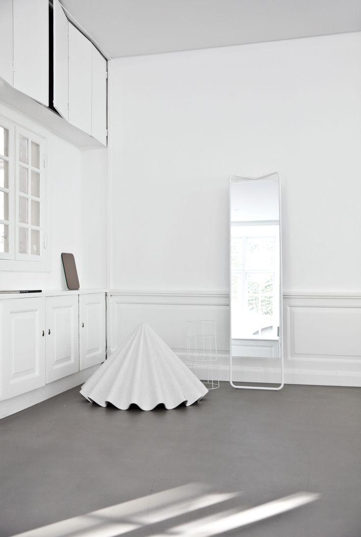 MENU Kaschkasch Floor Mirror, Dancing Pendant, Wire White Serie