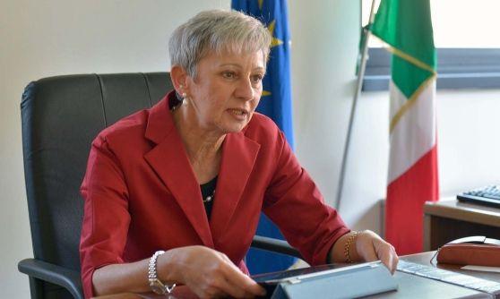 Titolare dell'ufficio scolastico di Bergamo, l'ex preside ha ricevuto nuovamente l'incarico di reggente per un anno in via Cocastelli. Niente provveditore titolare nemmeno per Brescia, Monza Brianza e Cremona.