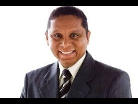 Testemunho do Pastor  Luís Gonçalves do Arena do Futuro - YouTube
