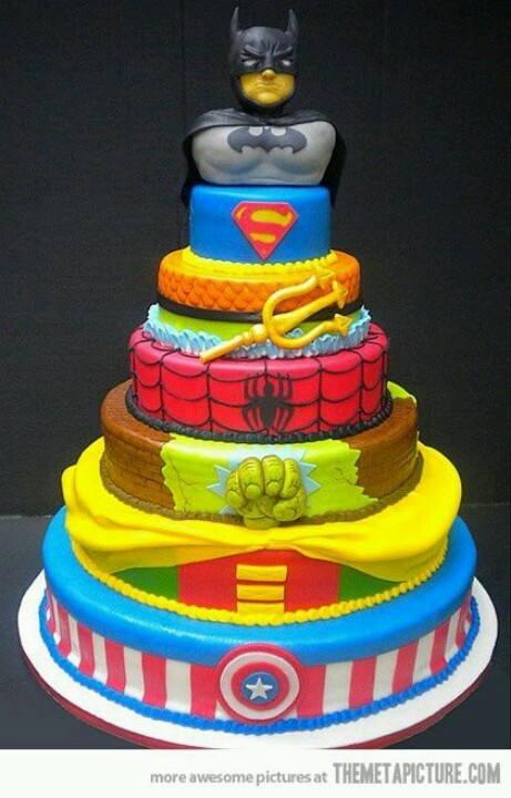This is by far one of the COOLEST boys birthday cakes I've ever seen..LOVE IT!!!! Courtesy www.themetapicture.com