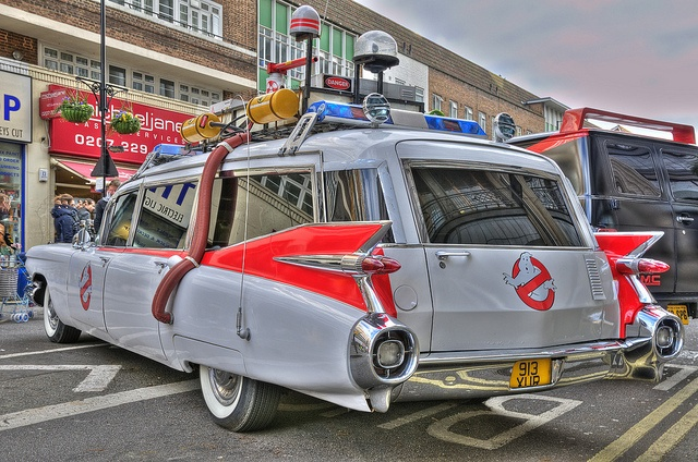 best 25 ghostbusters car ideas on pinterest meteor. Black Bedroom Furniture Sets. Home Design Ideas