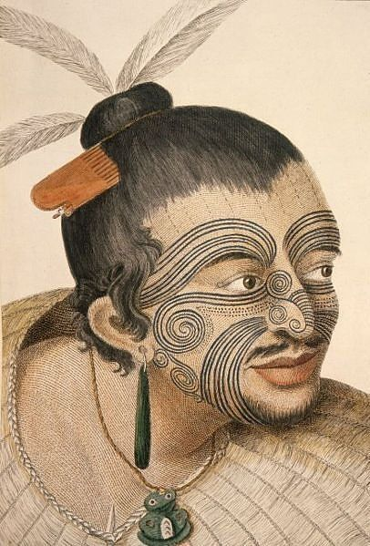 A Maori chief as drawn by Sydney Parkinson, Thomas Cook's artist (1769). Since the late 19th century, needles replaced more and more the traditional chisels of the Maori tribes. For men, the moko tradition lost its significance altogether while women continued to receive moko well into the 20th century. Since the 1990s, there has been a revival of the moko tradition as a sign of the Maoris' cultural identity | Image: Kahuroa