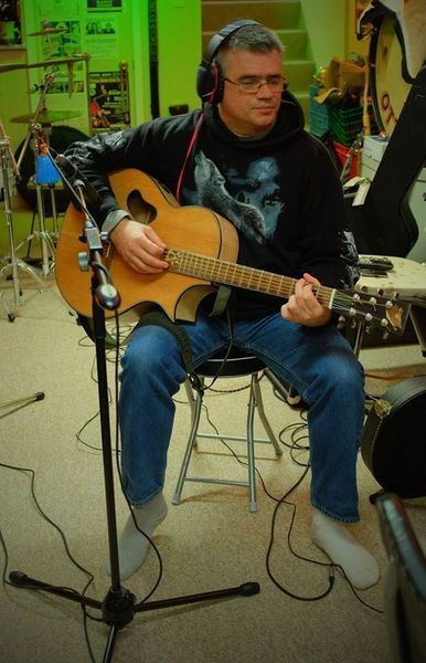 Check out Mike Duenkel on ReverbNation