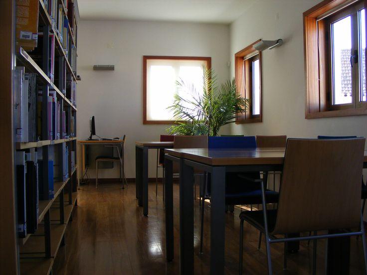 Sala de Adultos  1º floor