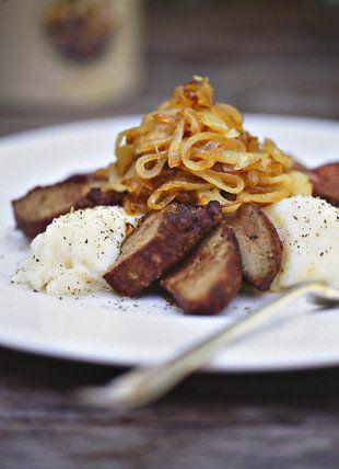 Gebakte lewer met bruigebraaide uie | SARIE KOS | Baked liver with onions