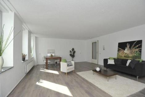Tijdelijke inrichting.  DreaMstyling maakt woningen klaar voor de verkoop en verhuur!  Vastgoedstyling, tijdelijke inrichting, meubel verhuur, verkoopstyling.