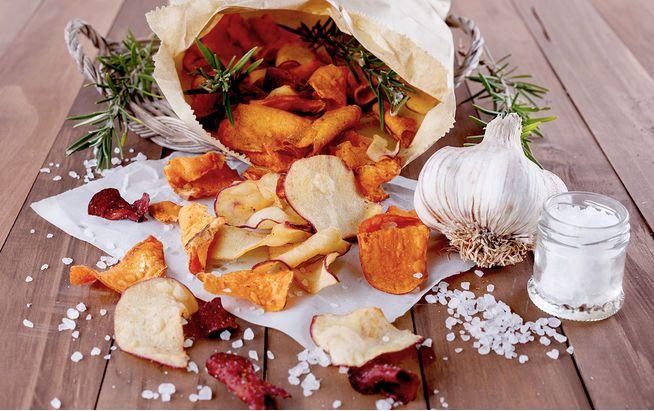 Gemüsechips sind eine gesunde Alternative zu fettigen Snacks
