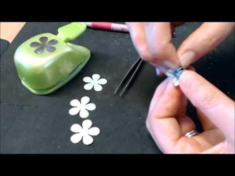 ▶ papieren roosjes maken met de retro pons - YouTube