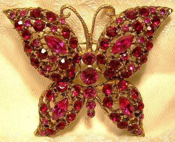 Pink & Red Rhinestones Gold Plated Butterfly Brooch Pin 1950s