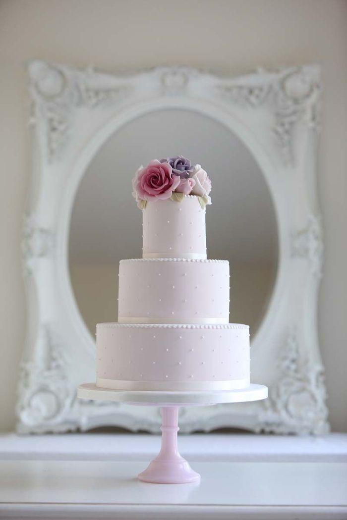 Cake Maison - http://www.5starweddingdirectory.com/articles/1114/wedding-cake-trends-for-2015.html