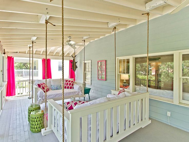 The Salty Mermaid Cottage   Tybee Island - perfect for Bachelorette in Georgia