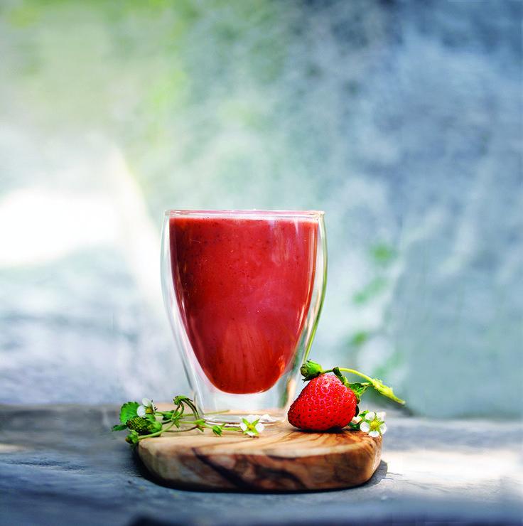 Építsd be az étrendedbe az egyedülálló, jótékony hatású superfood smoothie-kat, melyekkel formába lendülhetsz kívül- belül! Itt az ideje a tavaszi méregtelenítésnek, melynek segítségével a nyári...