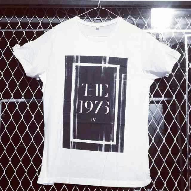 the 1975 shirt.♡ I need this too