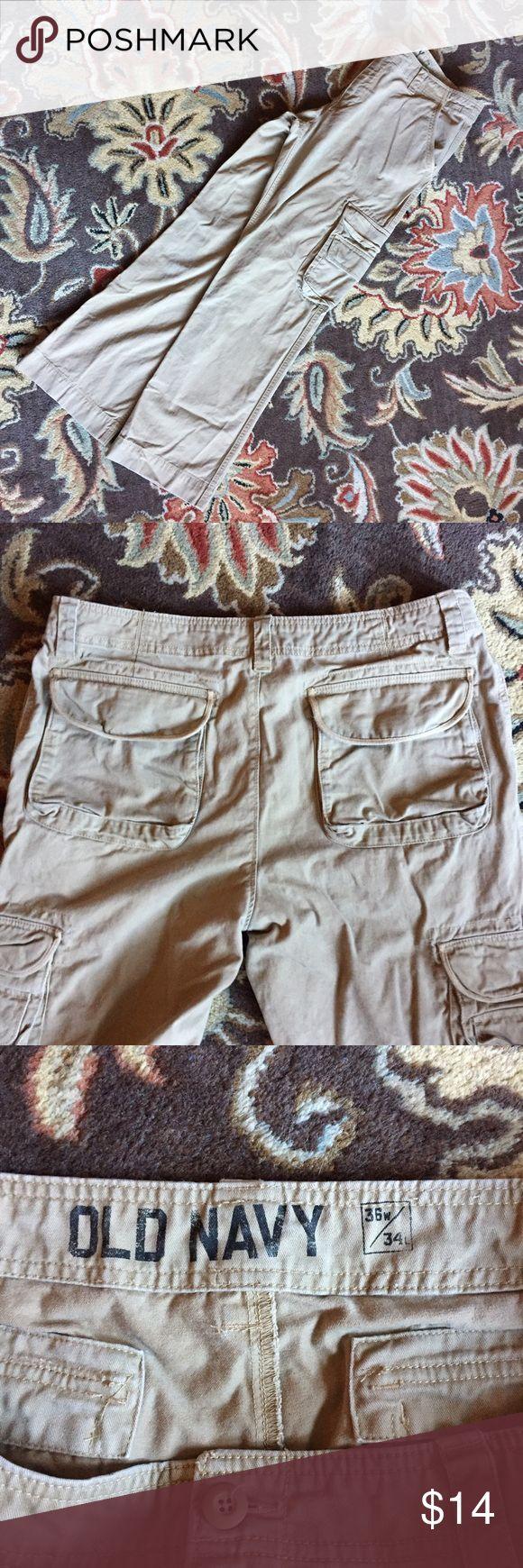 Mens Cargo Pants Mens Old Navy Khaki Cargo Pants size 36x34. Pants Cargo